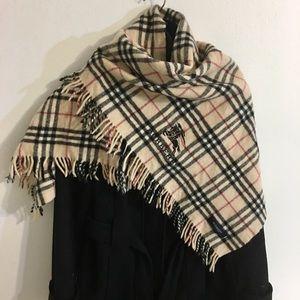Authentic BURBERRY nova check shawl/ large scarf